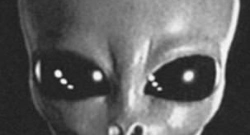UFO e alieni: ex cosmonauta intende divulgare le verità nascoste sugli extraterrestri